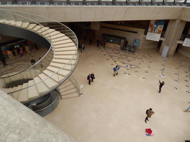 Museu do Louvre - Pirâmide