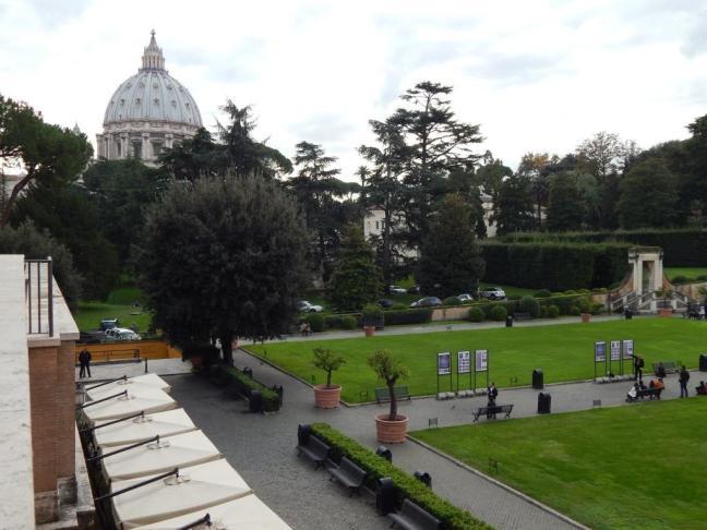 Praça Principal na entrada do Vaticano