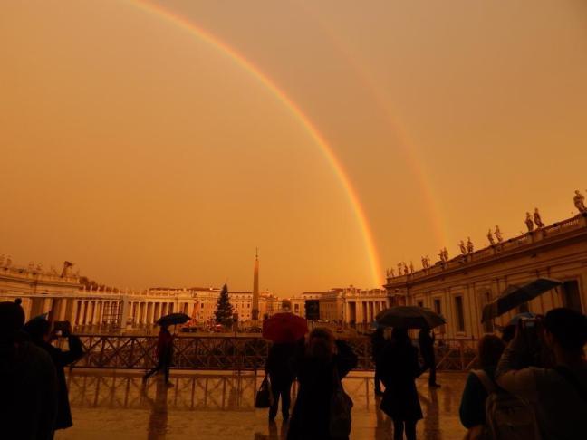 Fim do Dia no Vaticano