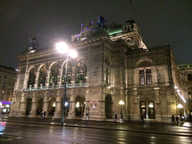 Ópera (Operngasse), Viena