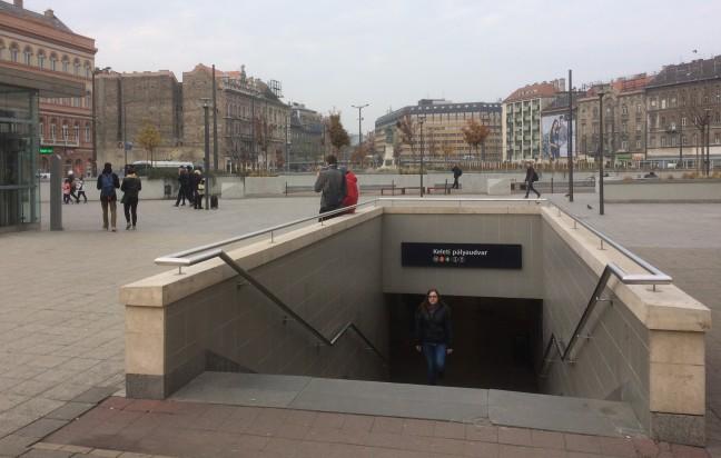 Metrô da Estação Keleti - Budapeste-Hungria