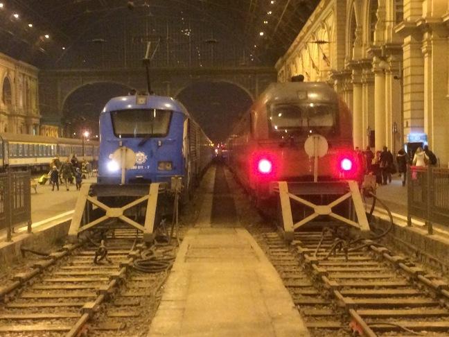 Estação Keleti - Área de Embarque - Budapeste-Hungria