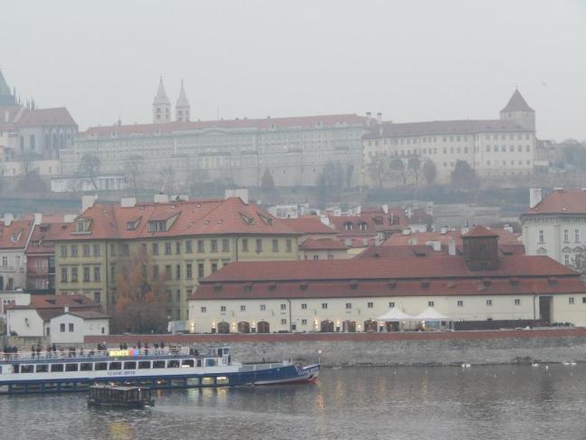 Castelo de Praga visto da Stare Mesto