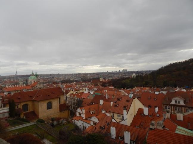 Os famosos telhados vermelhos da cidade